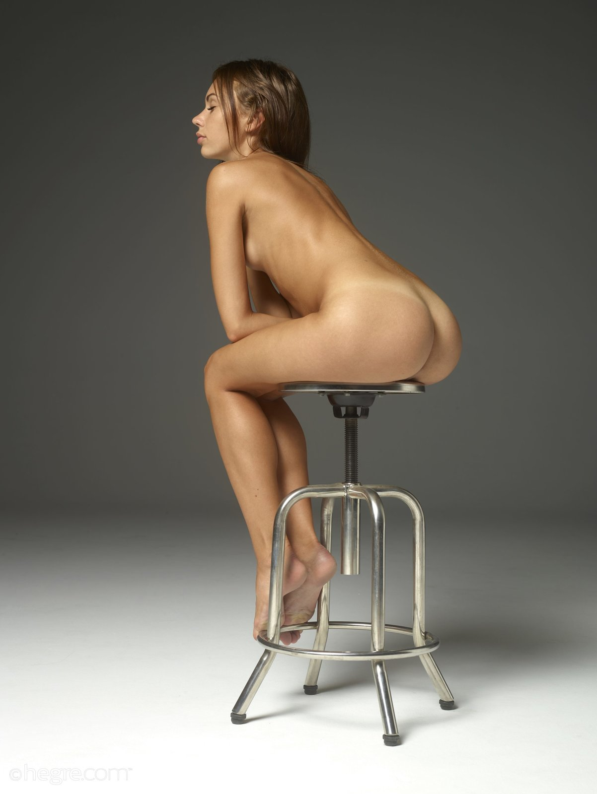 Mexican chair nude, crystal dawn nude