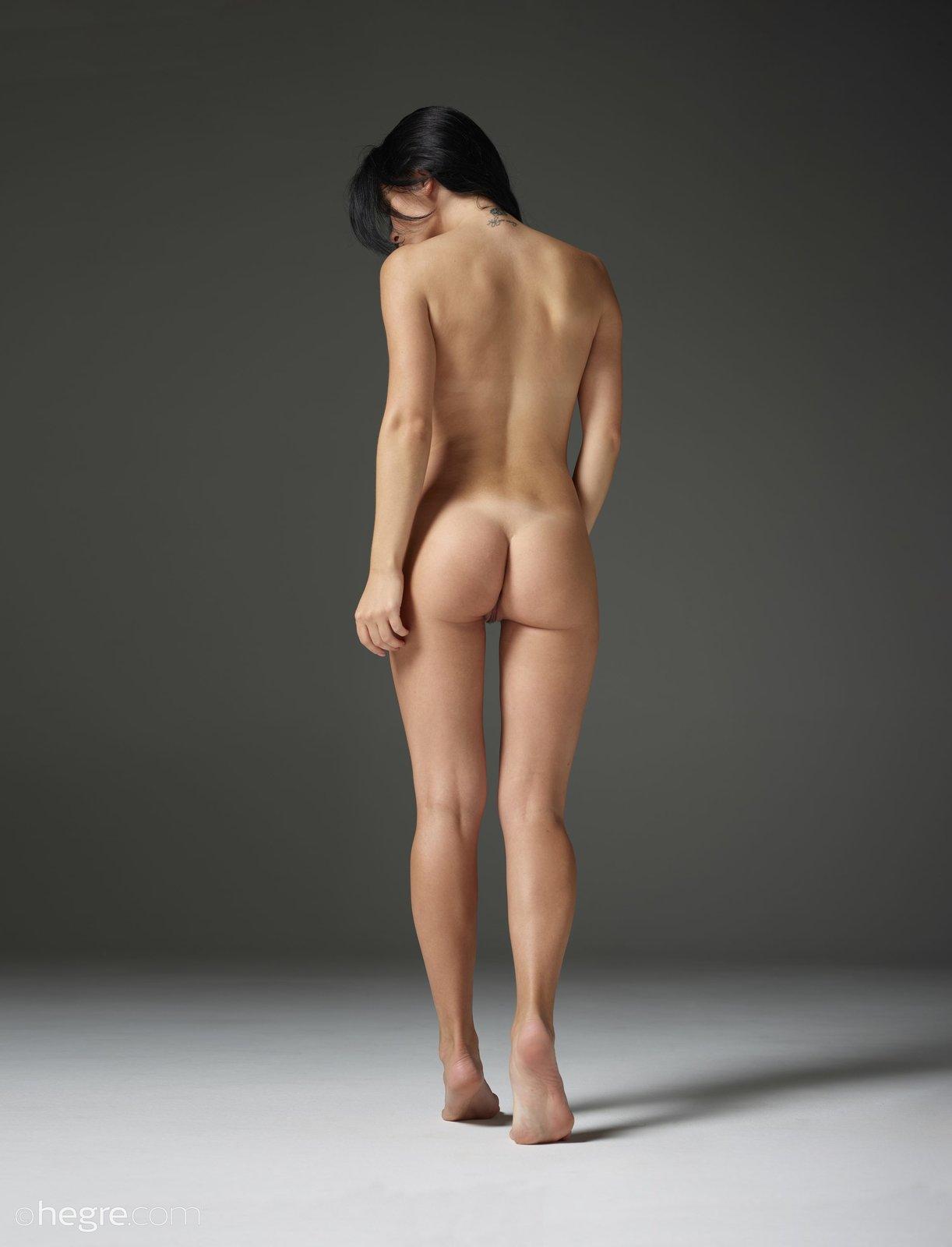 Naked cam female butt models nude